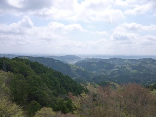 ペンションから島田市を望む