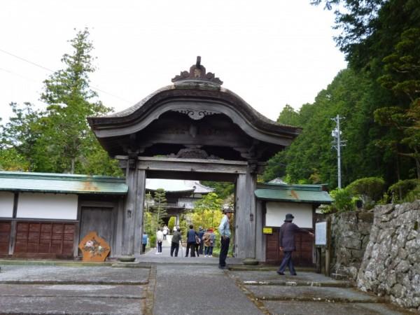 静居寺惣門